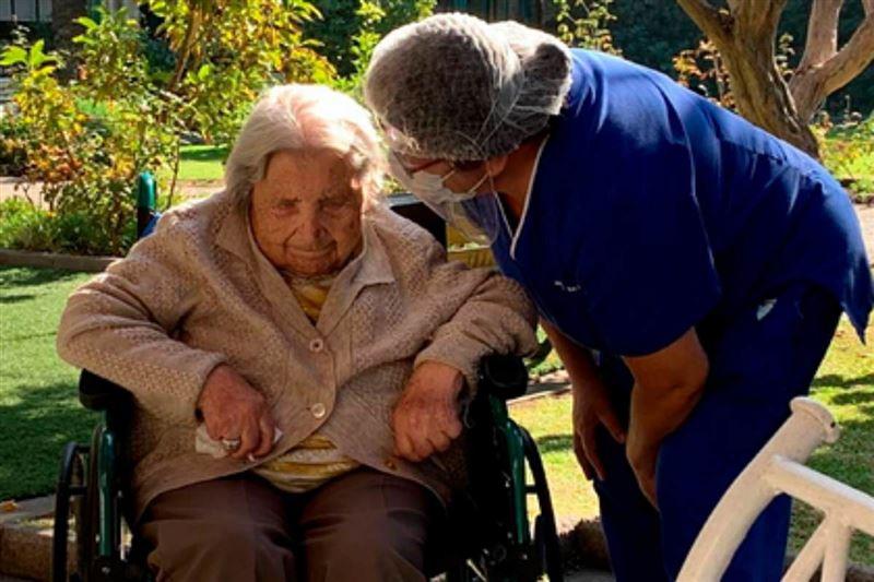 111 жастағы кейуана коронавирусты жеңіп, рекорд орнатты