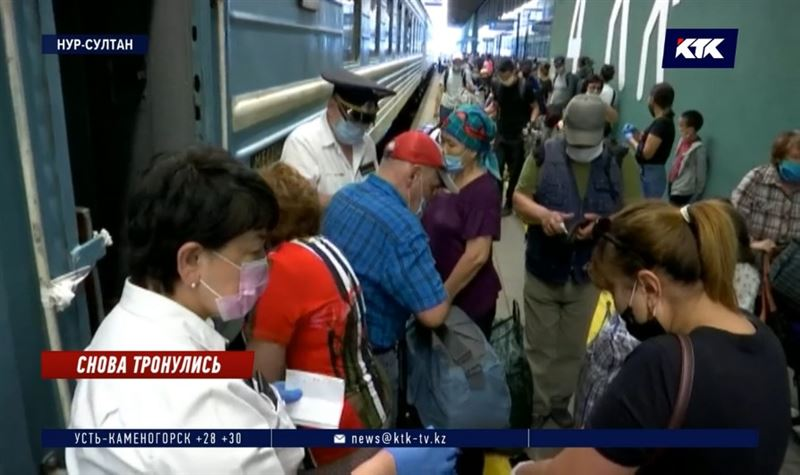 Возобновление ж/д сообщения вызвало столпотворение на вокзалах