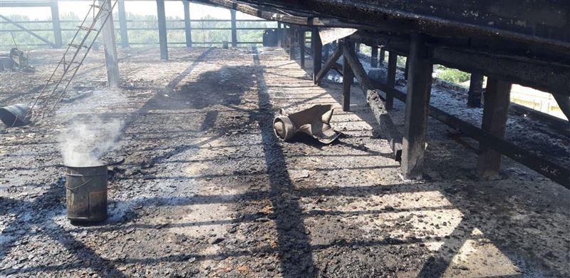 Пожар вспыхнул на стройке в Алматы