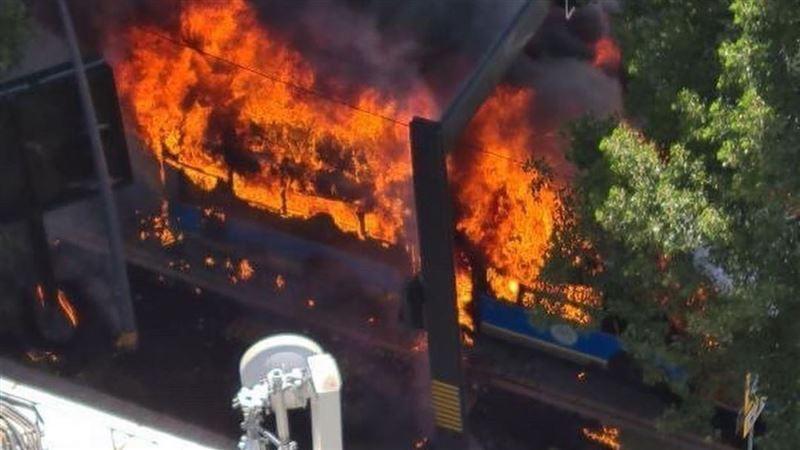Пассажирский автобус сгорел дотла в Алматы