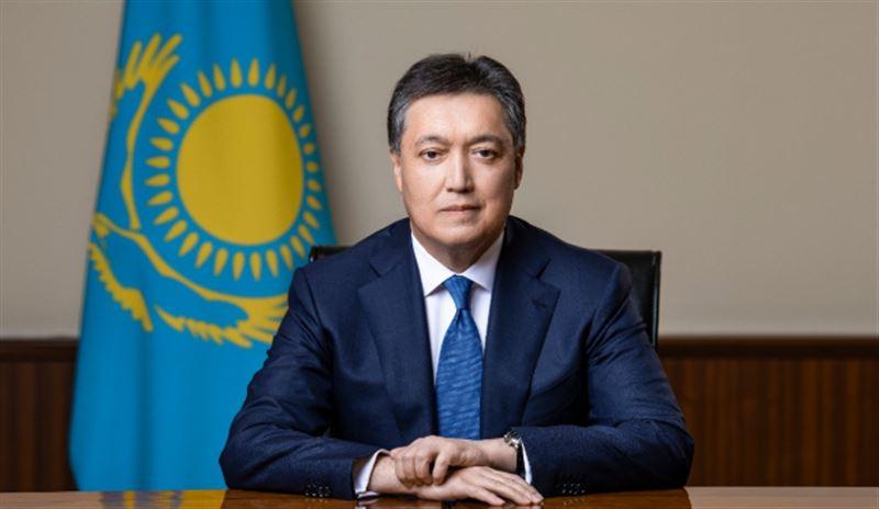 Аскар Мамин провел первое заседание Государственной комиссии