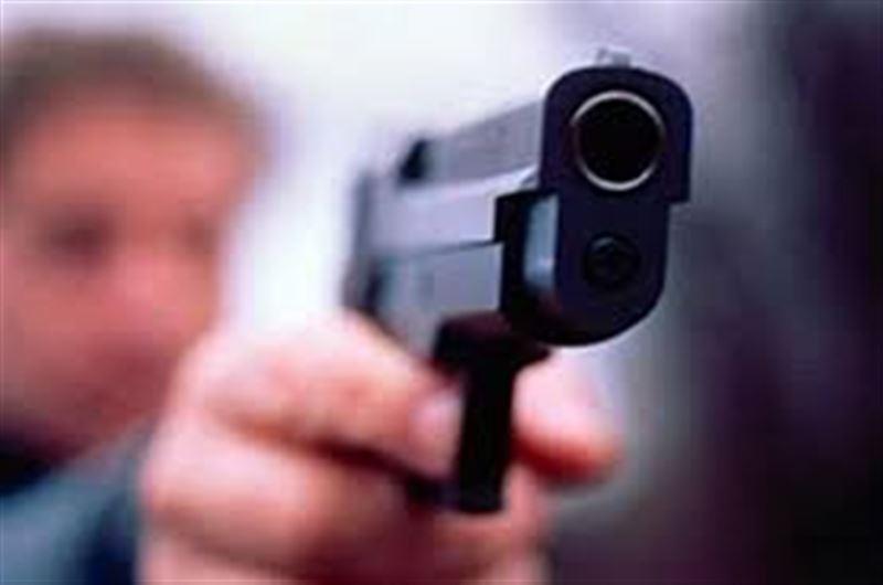 Двое в масках и с игрушечным пистолетом отобрали деньги у жителя Шымкента