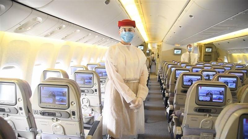 Стюардессы раскрыли самые раздражающие поступки пассажиров во время пандемии