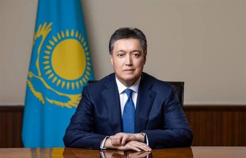 Аскар Мамин: Казахстан намерен снизить уровень теневой экономики до менее 20% к ВВП к 2025 году
