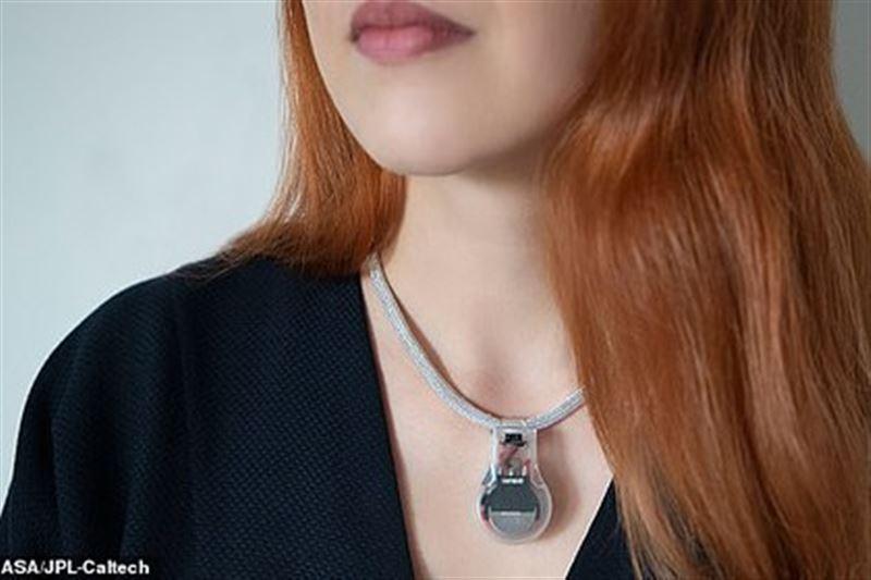 В NASA разработали антикоронавирусное ожерелье