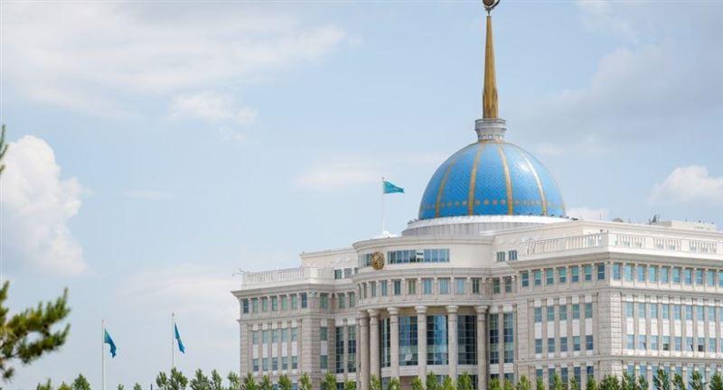 Токаев присвоил ряду дипломатов ранг Чрезвычайного и Полномочного посла