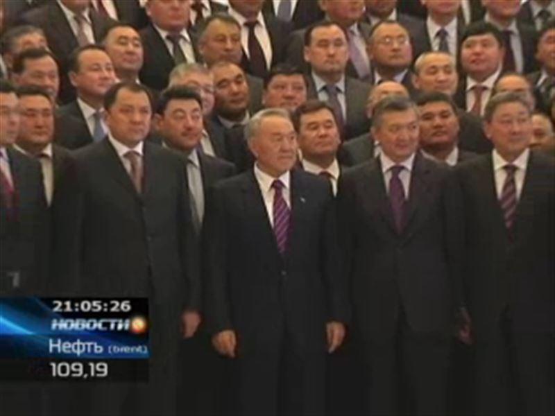 Назарбаев возвратил небожителей с небес на землю