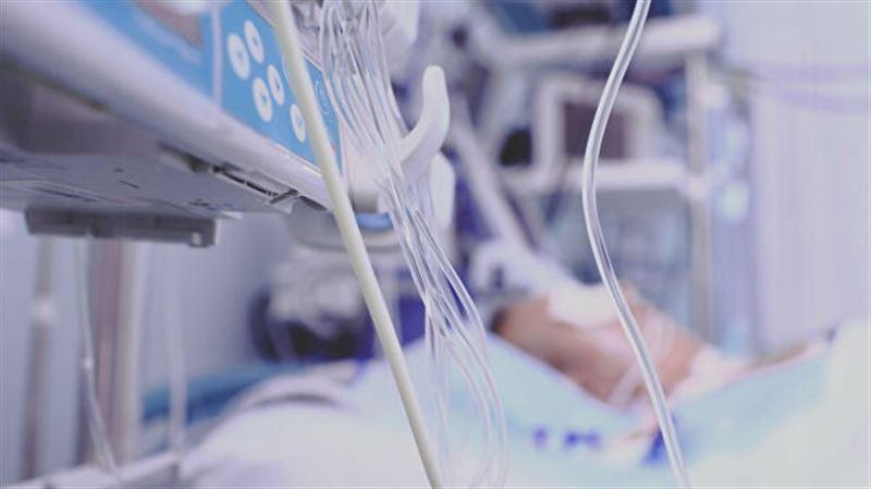 Каждый день в Алматы госпитализируют по 100 человек
