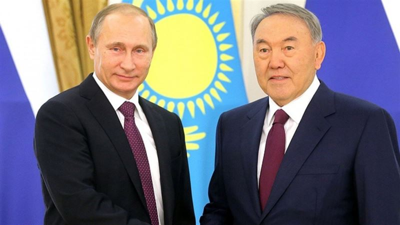 Президент России поздравил Елбасы с юбилеем