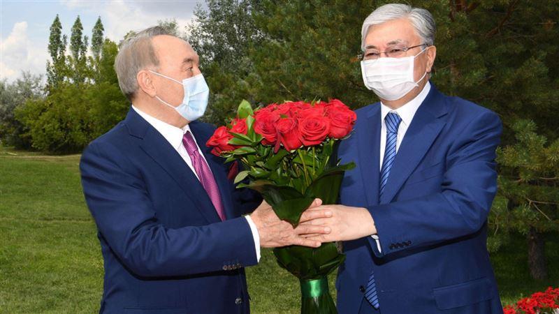 Токаев поздравил Первого Президента с днем рождения