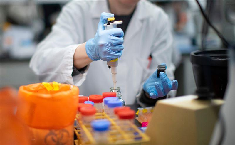 Директор лаборатории в Ухане прокомментировал информацию об утечке вируса