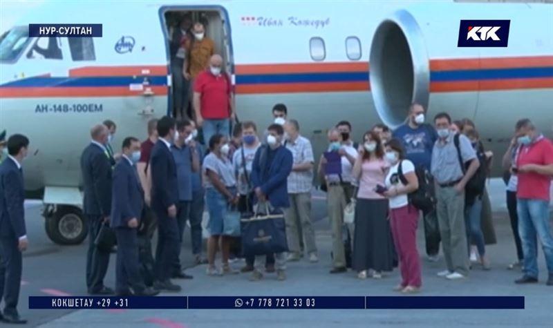 Для помощи казахстанским медикам прибыли специалисты из Москвы
