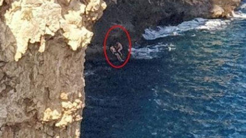 Российский турист в Турции на спор прыгнул в море со скалы и погиб
