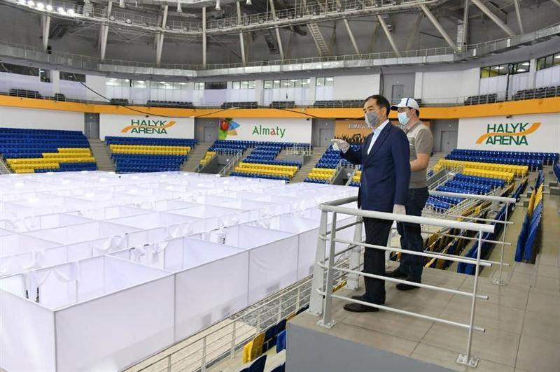 На базе Halyk Arena планируют развернуть полноценный стационар с реанимацией