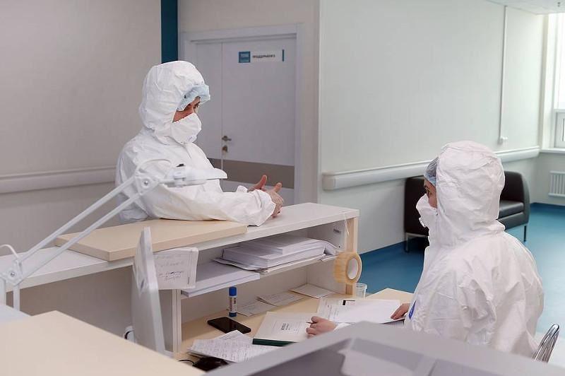 Алматинские врачи вылечили 56-летнюю женщину, у которой легкие были поражены на 96%