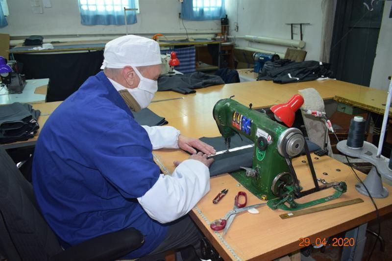 300 тысяч защитных масок сшили заключенные в СКО