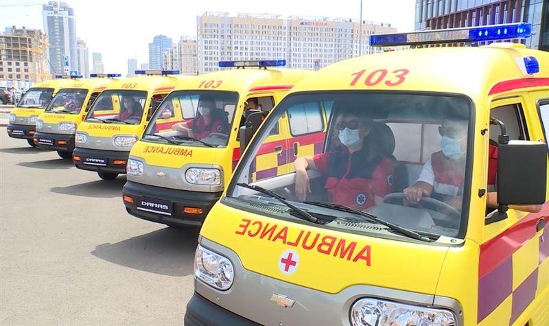 100 автомобилей скорой помощи получит Министерство здравоохранения РК