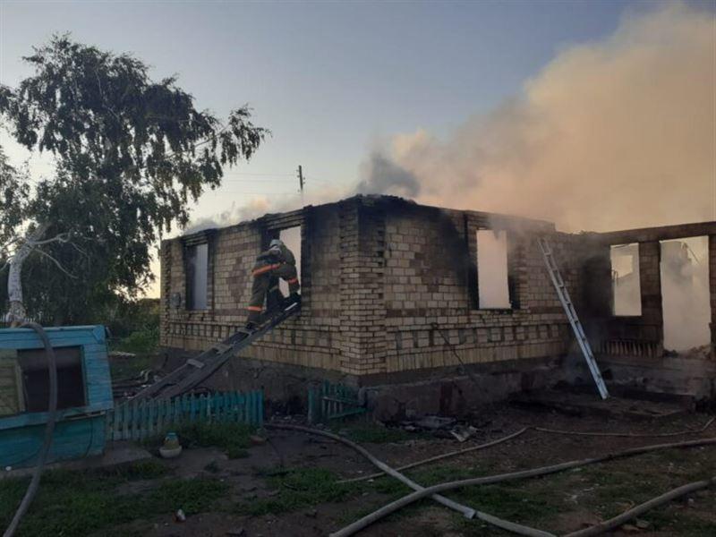 Трое детей погибли при пожаре в Акмолинской области
