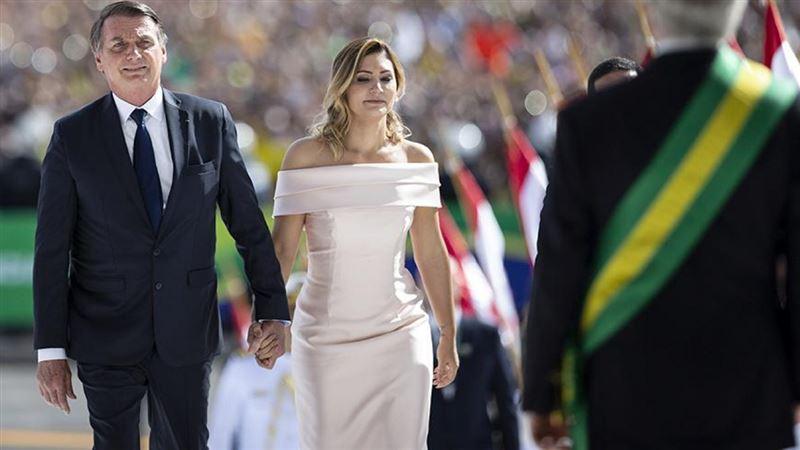У жены президента Бразилии выявили коронавирус