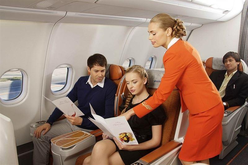 Стюардессы раскрыли способы получить особые преимущества во время перелета
