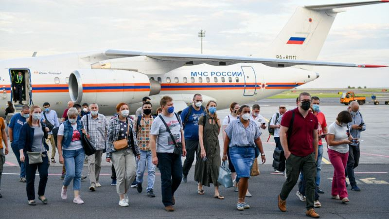 Приезжавшие бороться с COVID-19 российские врачи покинули Казахстан