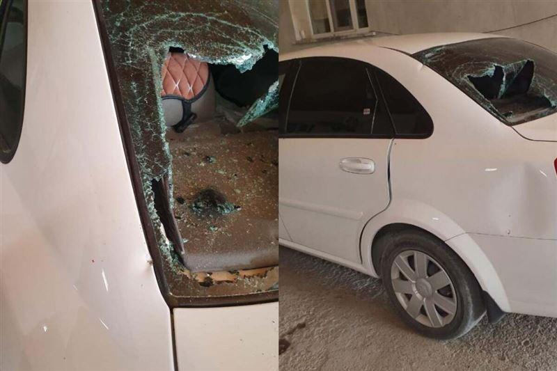 Женщина разбила стекла в машине знакомой из-за ссоры