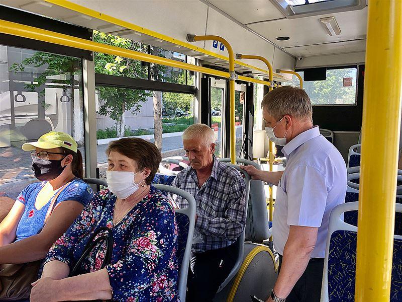 Пассажиров без масок в автобусах Алматы будут фиксировать через видеокамеры
