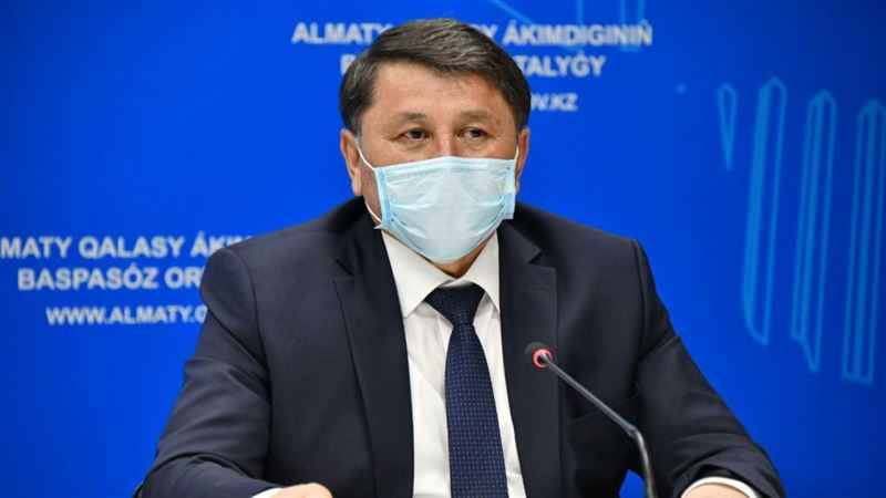 Главный санврач Алматы говорит, что заболеваемость коронавирусом в городе идет на спад