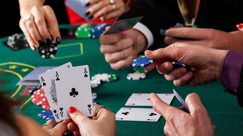 В Алматы во время карантина пресекли деятельность подпольного азартного клуба
