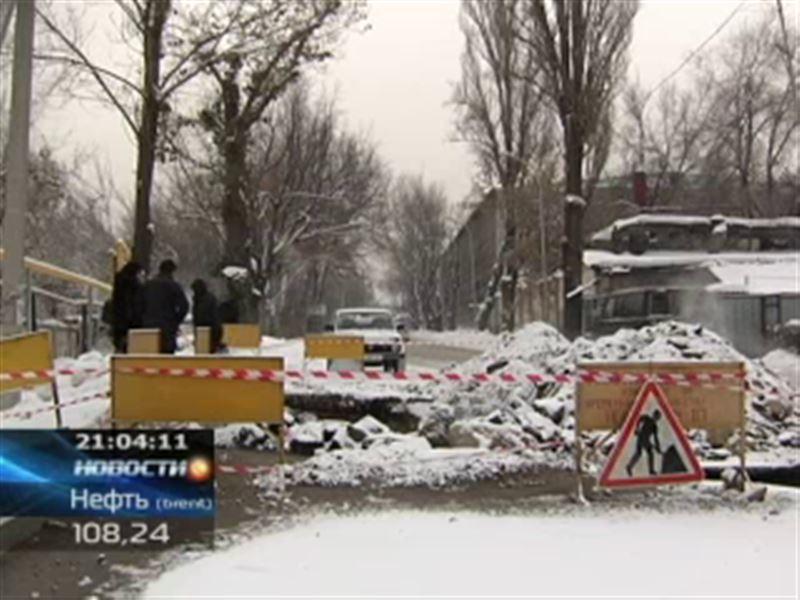 В Алматы 180 домов, школы, детсады и поликлиники остались без отопления