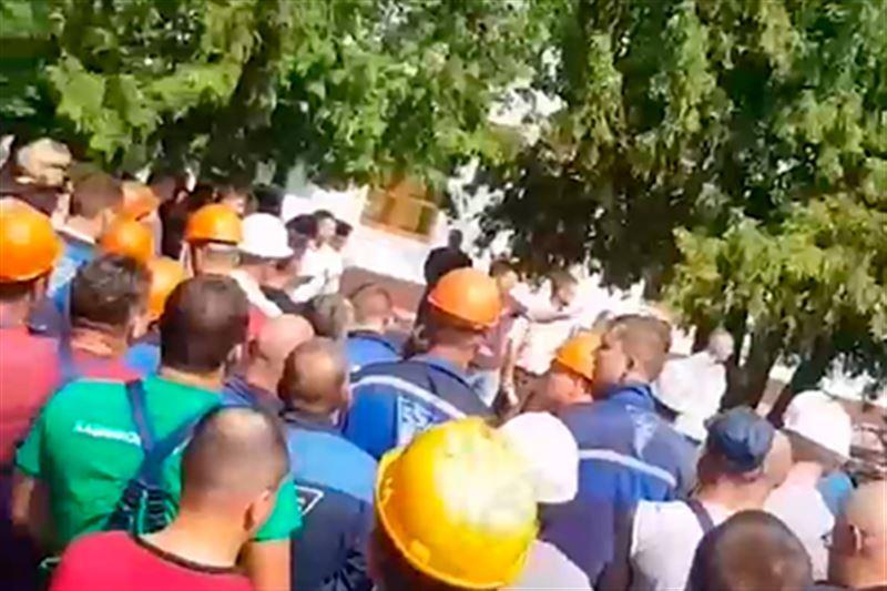 Еще три предприятия в Беларуси забастовали