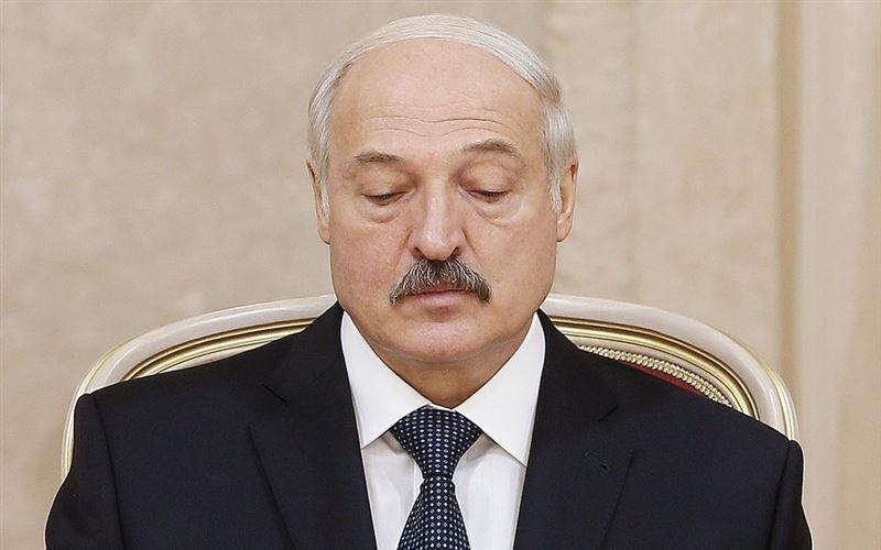 Белорусы попросили Илона Маска отправить Лукашенко в космос