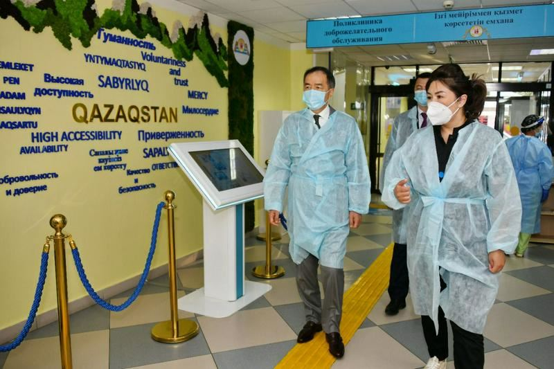 Бакытжан Сагинтаев лично проверил готовность службы ПМСП к новой волне пандемии
