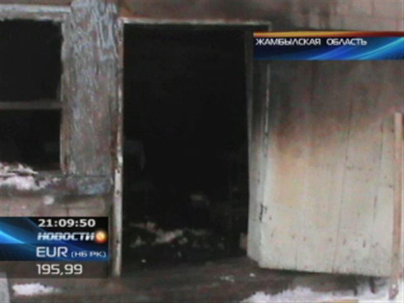В Жамбылской области женщина сгорела заживо в пылающем доме