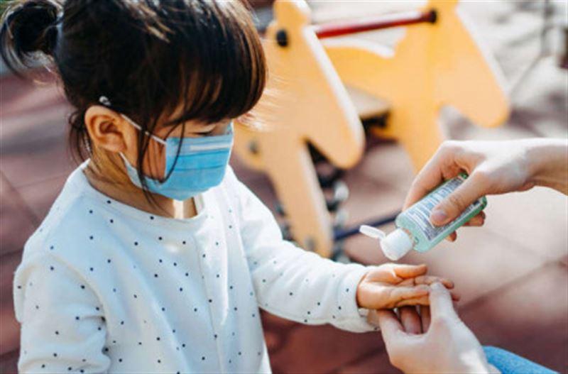 Стало известно, сколько детей заболело коронавирусом в школах Казахстана