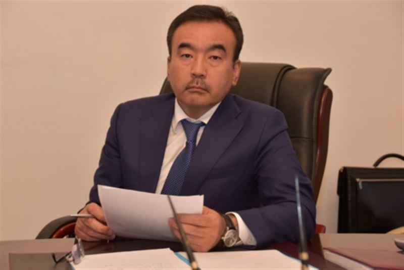 Аким Текели покинул пост из-за сотрудника-взяточника