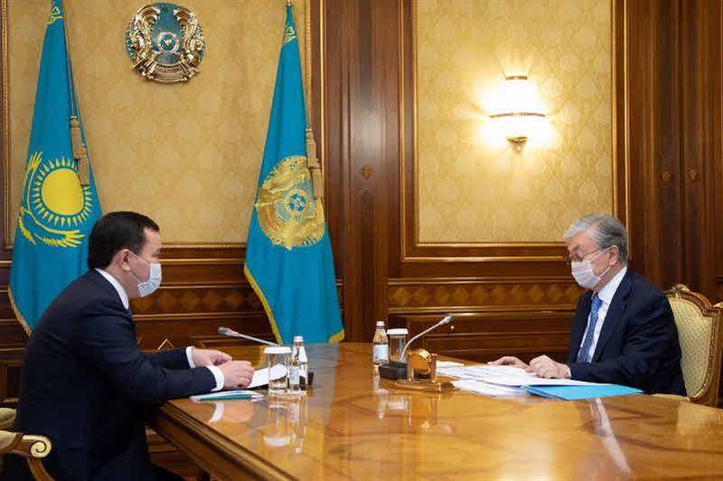 Президент Қарағанды облысының әкімін қабылдады
