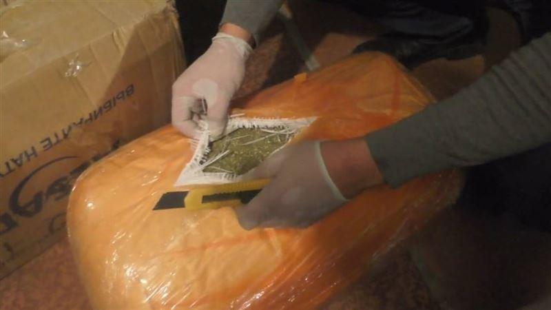 Полиция ВКО изъяла более 100 кг марихуаны у наркоторговцев