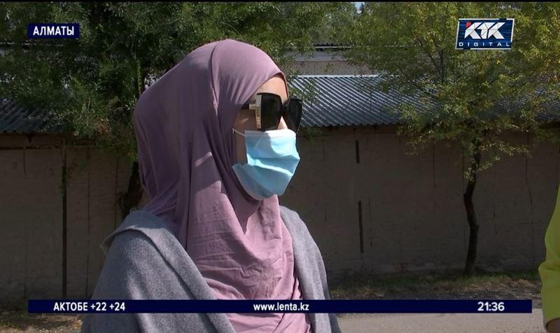 «Ели траву»: побывавшим в Сирии казахстанкам помогают вернуться к нормальной жизни