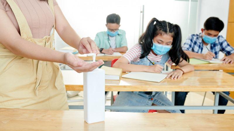 Қазақстанда кезекші сынып оқушысынан алғаш рет коронавирус анықталды
