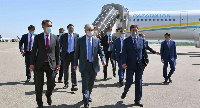 Президент Казахстана с рабочей поездкой прибыл в Алматы