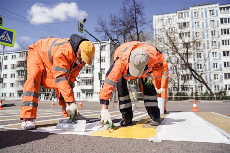 В Алматы появится дорожная разметка красного цвета