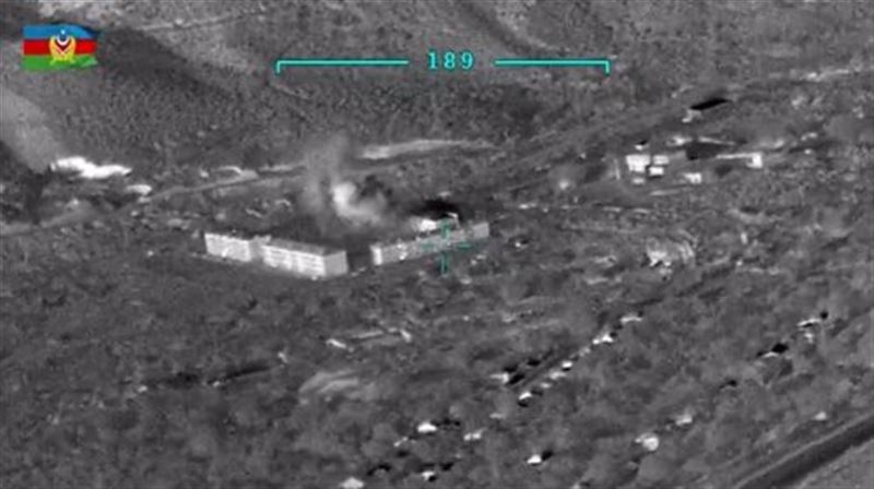 Опубликованы кадры с горящей техникой в Карабахе