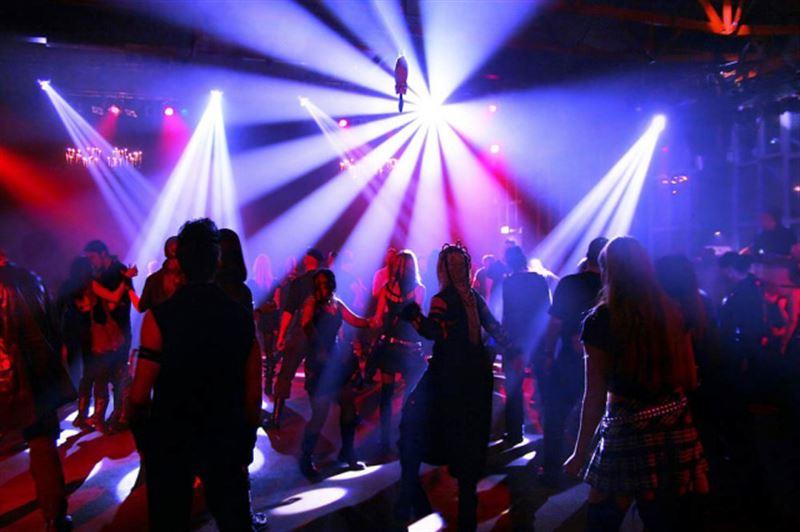 Ночной клуб восемь раз нарушал карантин