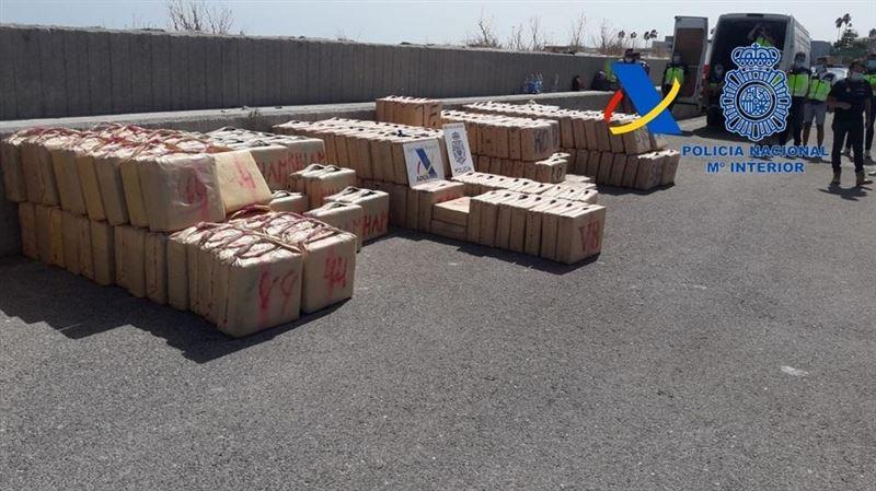 Полиция Испании задержала наркокурьеров с 35 тоннами гашиша