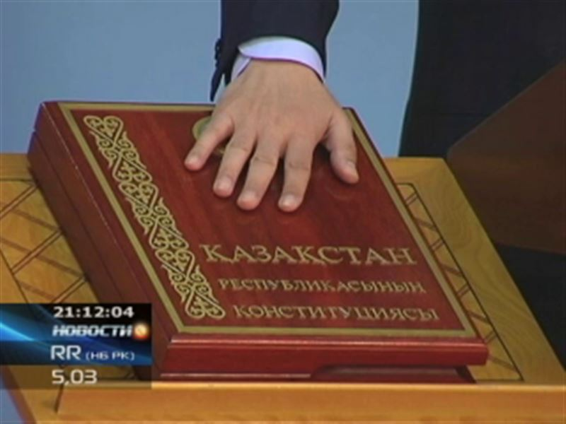 Перестановки во власти закончились торжественной клятвой