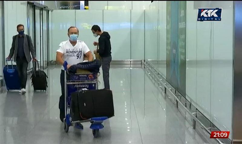 Везут из-за границы: туристы могут стать причиной ужесточения карантина
