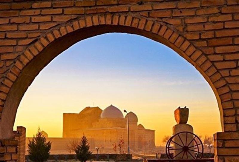 Назарбаев и принц Абу-Даби поговорили о возрождении Туркестана