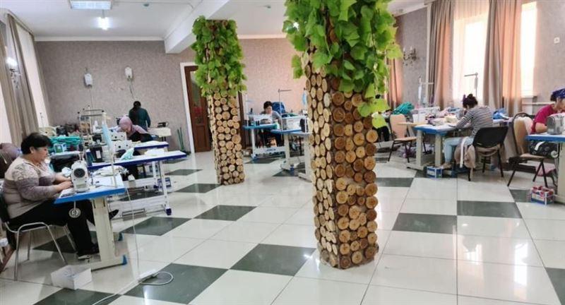 Ресторан в Атырау стал швейной мастерской