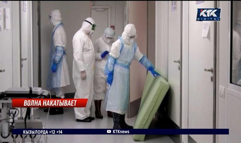Минздрав отменил приказ о выплатах заразившимся COVID-19 медработникам